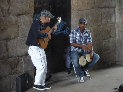 Spanish musicians in Santiago.